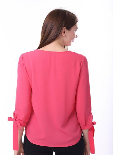 Stamina Kol Uçları Bağcıklı  V Yaka Uzun Kol Bluz Fuşya
